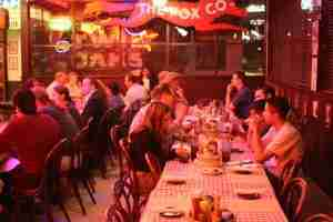 atraer clientes a un restaurante