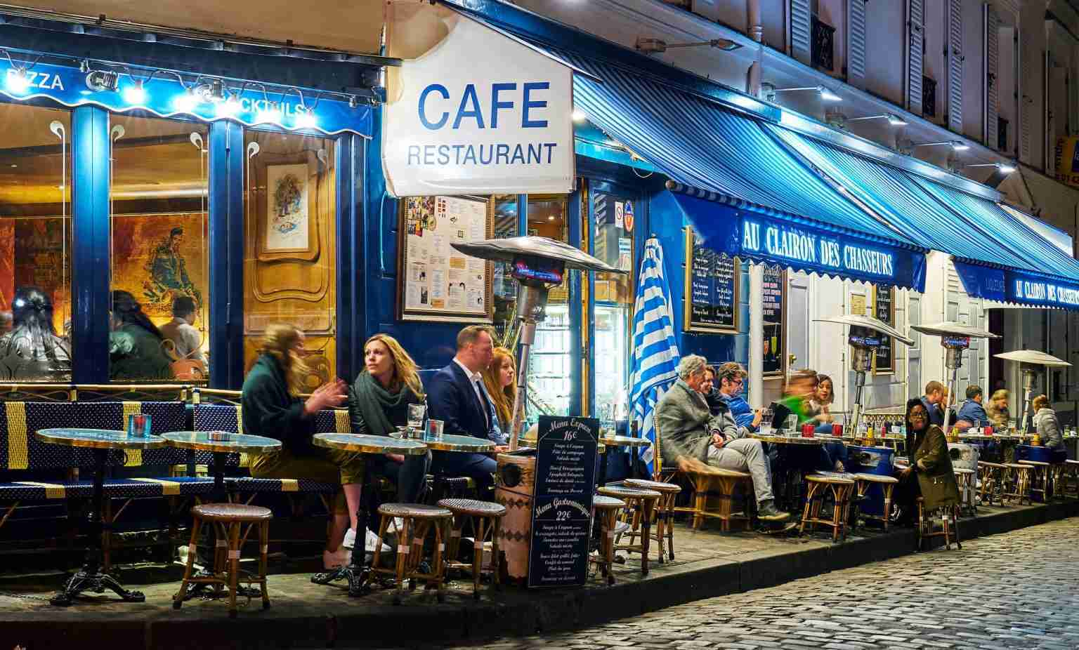 Cafés-Montmartre-app-attente