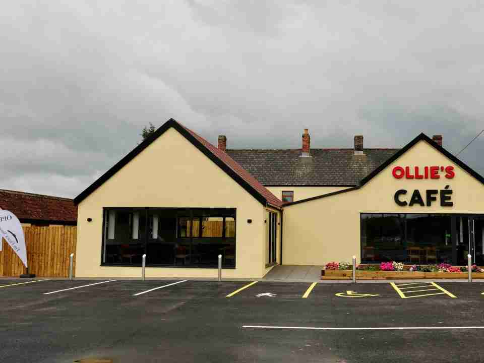 Ollie's cafe using waitlist app to manage virtual queue