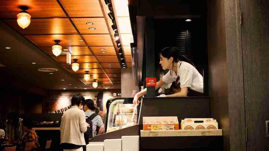 free-reservation-system-for-cafe-restaurants